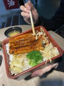 八庵魚河岸一代目.刺身.握壽司專門店/新竹東門市場日本料理美食