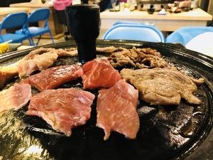 豬對有韓式烤肉吃到飽