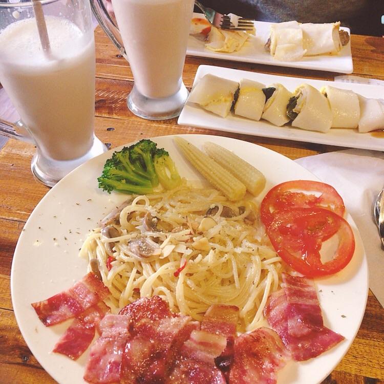 U Food Brunch 優福早午餐&咖啡