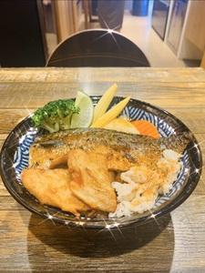 倫敦奶奶 丼炸雞 (三重力行店)
