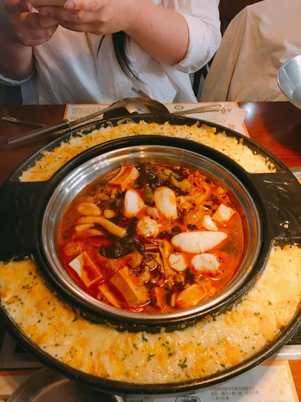 『 兩餐 』 두끼 韓國年糕火鍋吃到飽