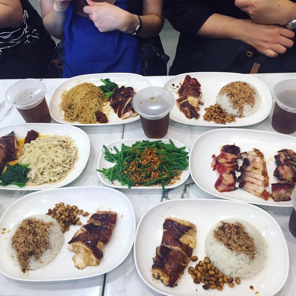 必吃台北美食-了凡香港油雞飯