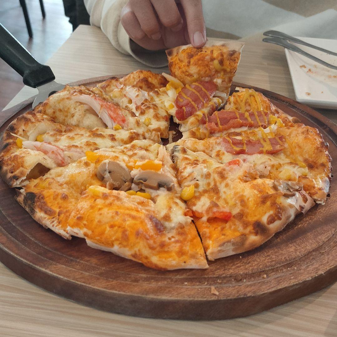 Double Cheese手工窯烤Pizza 台南成大店