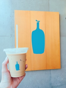 Blue Bottle Coffee Aoyama Café